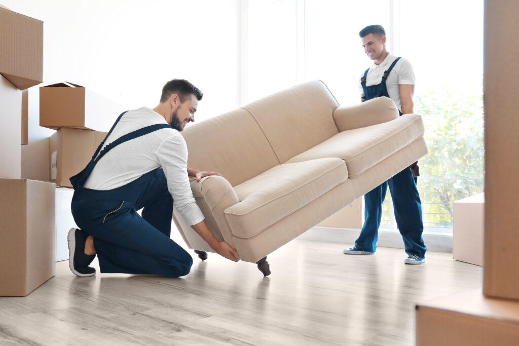 """alt=""""Einkauf Möbel- oder Bauhaus"""""""